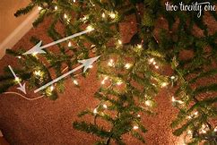 how to put light on christmas tree